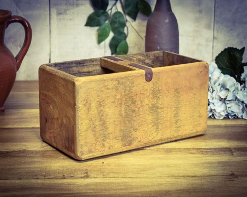 Medium Vintage Box Blank Box (NO PRINT)
